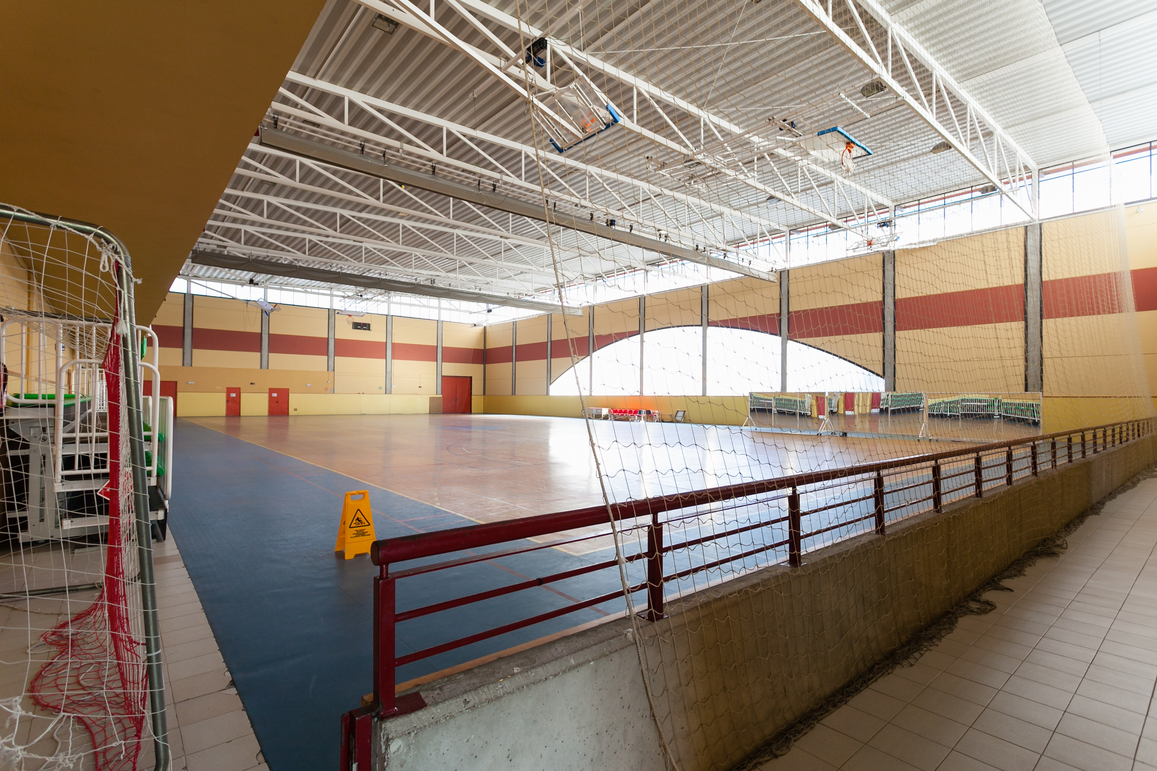 Pabellón polideportivo Rafael Lozano 1