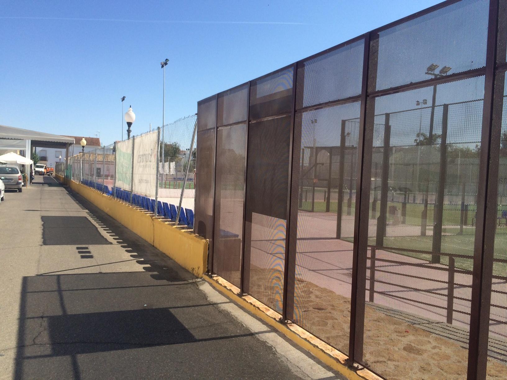 Cerramiento del campo de fútbol